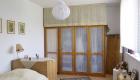Ein gemütliches Schlafzimmer für Senioren